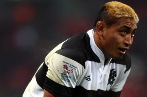 All Black forward Jerry Collins has died in a car accident in France in the early hours of Friday morning.