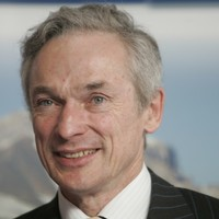 Minister Bruton travels to meet with MBNA staff