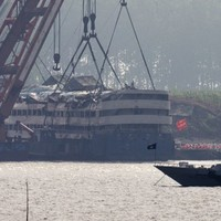 Calls for 'death sentence' for doomed ship's captain as death toll reaches 396