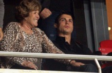 Ronaldo's mother stopped at Madrid airport with €55,000 in handbag