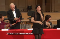 This violinist mistakenly accepting an award will make you full-body cringe