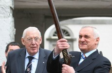 Gun Ian Paisley lent to Bertie Ahern is going under the hammer