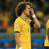 Would you look at the state of this defending by David Luiz?!