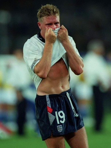 'Gazza kissed his jersey and it was clear he had been crying' - The story behind that iconic image
