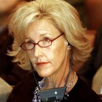 "Erin Brockovich tells Berkeley families it's her ""duty"" to offer them assistance"