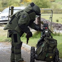 Four suspected dissidents arrested after viable bomb found in Longford car
