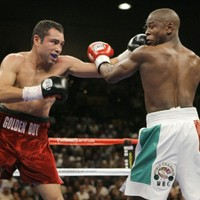 Oscar De La Hoya 'very serious' about comeback at the age of 42
