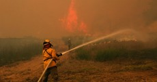 Thousands evacuated as Texan fire destroys almost 500 homes