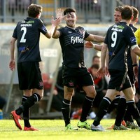 Richie Towell the star again as Dundalk extend lead at the top