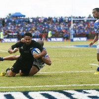 Watch the highlights from Samoa as Dan Carter inspired All Blacks win historic test match