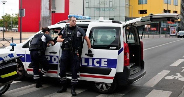 France Primark attack: Police hunt armed men who stormed shopping centre