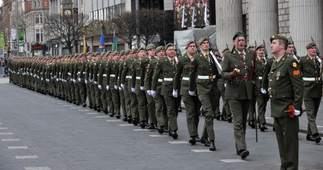 "'""They are soldiers..."": Defence Forces WILL have guns during the Easter 2016 parade"