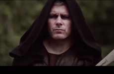 Diarmuid O'Sullivan rocks eye makeup & a cape in Game of Thrones-style hurling video