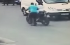 Watch: Thief got bystanders to help load stolen motorbike into van in broad daylight