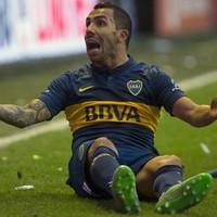 Carlos Tevez's Boca Juniors debut overshadowed by team-mate's incredible rabona