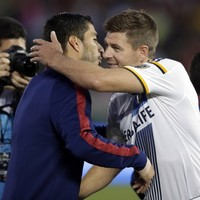 Suarez on target against Stevie G's LA Galaxy in front of record attendance