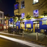 9 Galway bars you need to visit this weekend