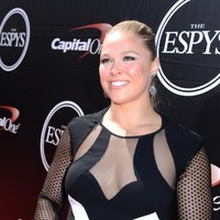 UFC fighter Ronda Rousey had an excellent response to those who say she looks 'masculine'