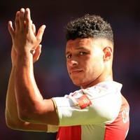 The Ox hits back at Roy Keane's selfie jibes