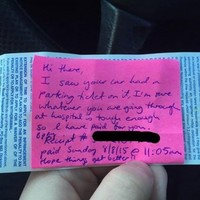 8 spontaneous acts of kindness that will make you smile