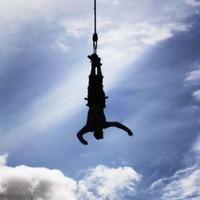 Teenage girl dies while bungee jumping in Spain