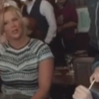 Amy Schumer and Judd Apatow had a sing song with Glen Hansard in a Dublin pub