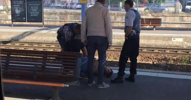 'Off-duty US Marines' overpower gunman on train from Amsterdam to Paris