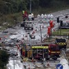 Nine more bodies could be found in English air show wreckage