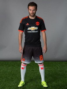 What's the story with the shorts from Man United's new Champions League kit?