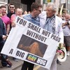 This Lord of the Rings fan caught Ian McKellen's attention with this amazing sign