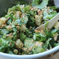 Stuck for lunch? Try this low-carb salad