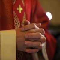 'Bible-toting' police officers dressed up as priests to bust drug dealer