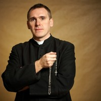 Poll: Should Catholic priests be allowed to get married?