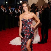 """Jessica Alba's company is being sued for selling """"deceptively"""" labelled products"""
