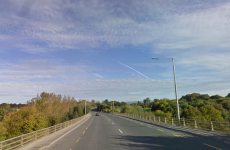 """I knew something wasn't right"" - A taxi driver stopped a man jumping off a Kilkenny bridge this morning"