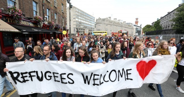 'We are people sharing the same sky': Hundreds rally in Dublin to support refugees