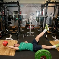 Options options everywhere, but who should play alongside Robbie Henshaw?