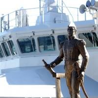 Poll: Should we start naming naval ships after politicians?