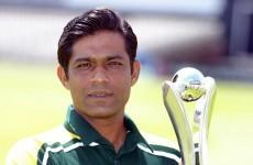 Pakistan coach and ex-captain resigns