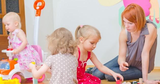 Debate Room: Should school start earlier to help working parents?