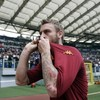 Roma's Daniele de Rossi celebrated an incredible milestone in the best possible way today