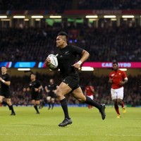 Watch: Everyone is talking about Julian Savea after this stunning performance