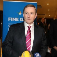Enda Kenny sat on a bench with a homeless man for 20 minutes this weekend