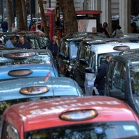 It's Man -V- Sat Nav as London cabbies pitch street battle against Uber