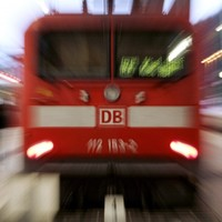 Mother seen pushing her 11-year-old son in front of Hamburg train
