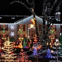 Town to hold Christmas in October for boy with terminal cancer