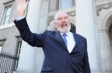 Norris says he will not have a spouse in the Áras if elected