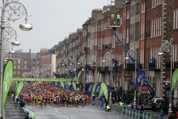 Dublin marathon runners