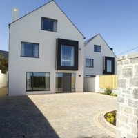Howth Road is getting four new fancy houses