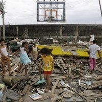 Floods recede slowly in storm-battered Philippines